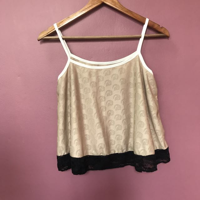 Sleeveless Laced Cropped Top