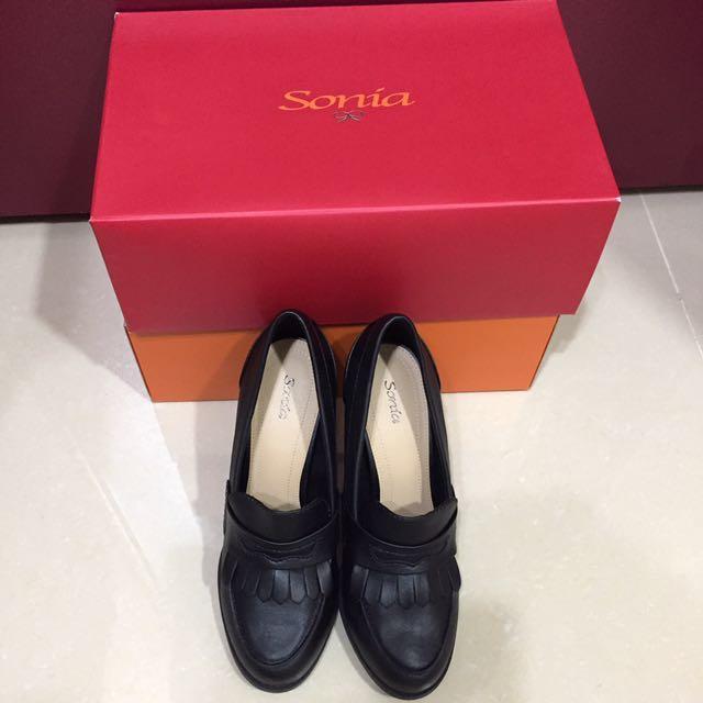 全新Sonia黑色粗跟高跟鞋