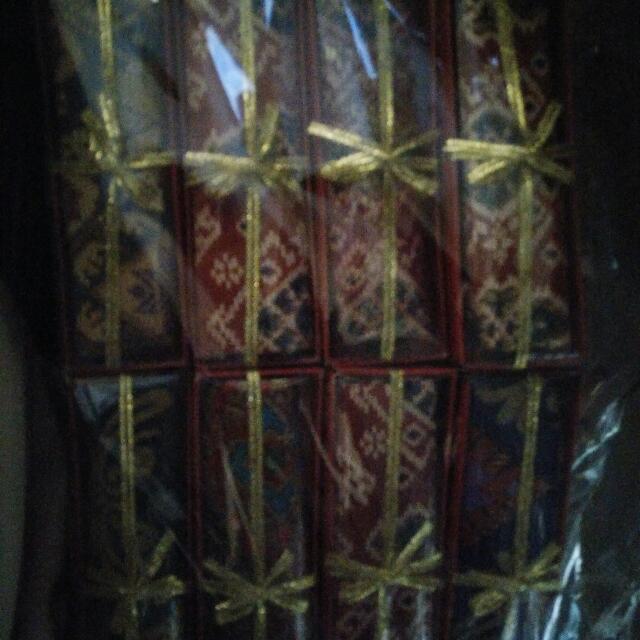 Souvenir Dompet Batik Serut
