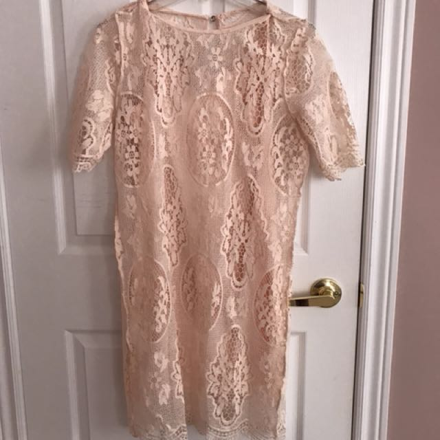 Suzy pink lace knee length dress worn once size m