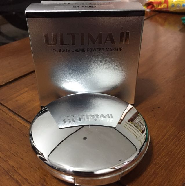 Ultima II Delicate Creme Powder Makeup