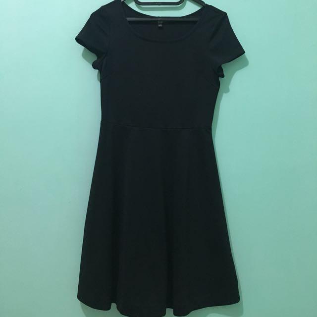 Uniqlo Little Black Dress