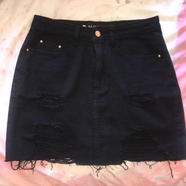 Used Brand Black Denim Skirt - Sz 10