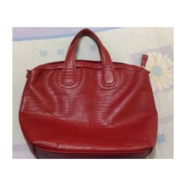 Vedasto Sling leather bag