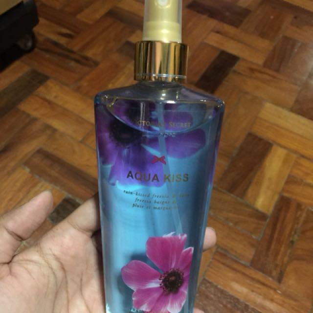 Victoria Secret 250ML Body Mist - Aqua Kiss