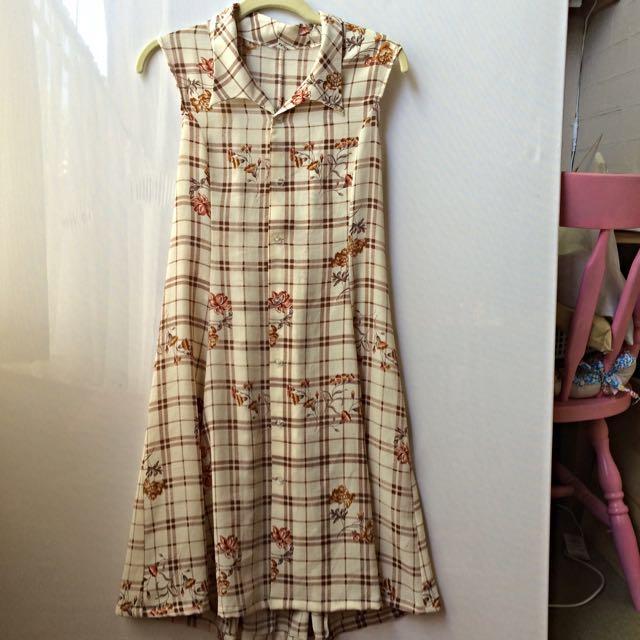 Vintage Sleeveless Dress