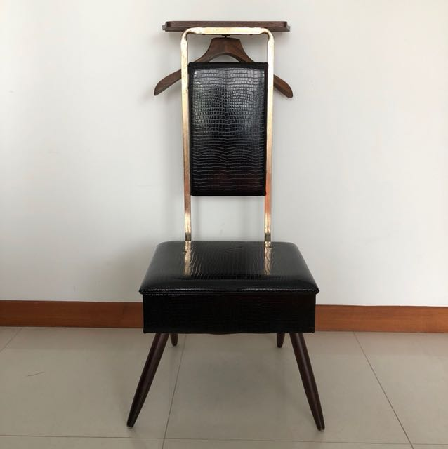 photo photo ... & Vintage Valet Entryway Chair on Carousell