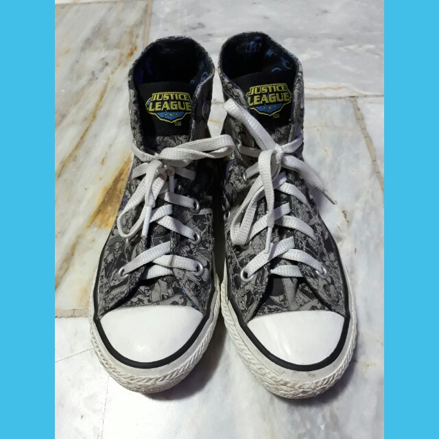 Youth Converse Chuck Taylor All Star Hi Justice League Sneaker