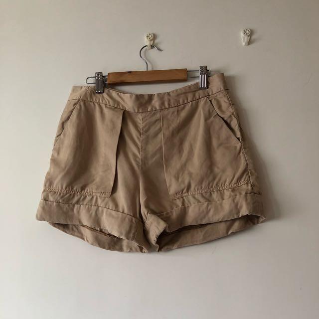 Zara 絲棉短褲