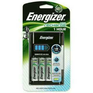 Brand New Energizer Fastest Recharge 1 Hour Charger & Rechargeable Battery