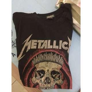 Metallica Tshirt Merchandise by H&M DIVIDED