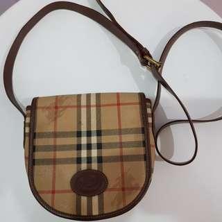 Burberry Slip Bag