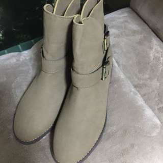 Korea Ladies Shoes