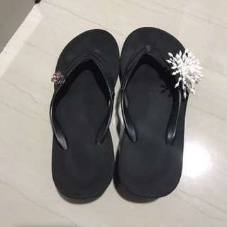 Preloved sandal popits