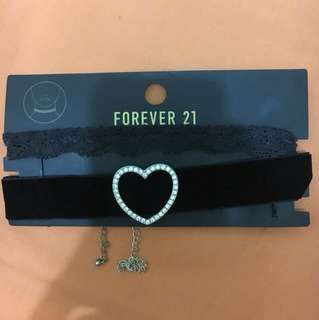 Chokers Forever21