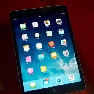 Ipad mini wifi 16 GB Black dijual