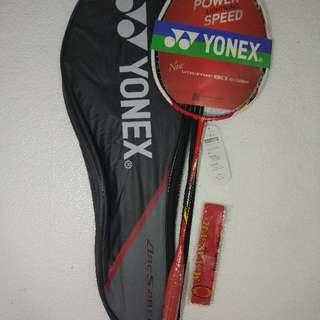 Raket Badminton Yonex Arcsaber 11 Red