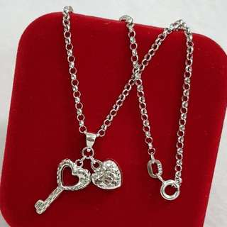 18K Saudi White Gold Necklace