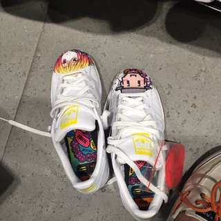 Authentic Pharrell Superstar Adidas