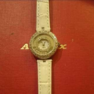 Royal Crown八心八箭晶鑽錶