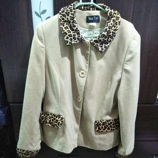 高級女裝薄外套