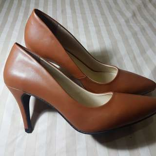 CARDINAL Alena 3 Brown Original size 40