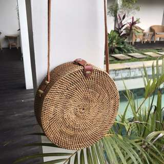 Rattan Shoulder Bag (Size M)