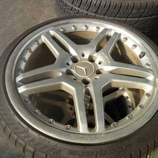 "Mercedes 19"" rim with tires"