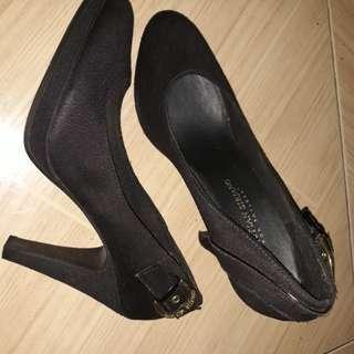 Pumps/High heels