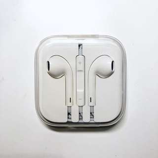 APPLE EARPODS HEADPHONE PLUG