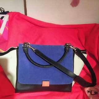 Celine Authentic Handbag 98% New Pm If U Are Interested Serius Buyer Only