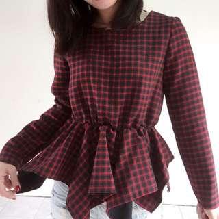 🚚 紅格紋縮腰顯瘦上衣