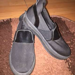 Sepatu Hitam Gosh ORI 💯