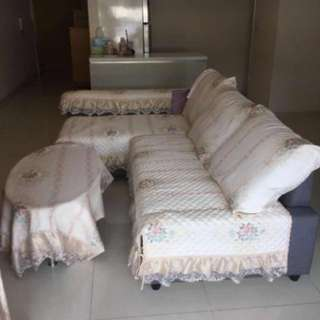 Master room for rent, max 3 female ppl in a room