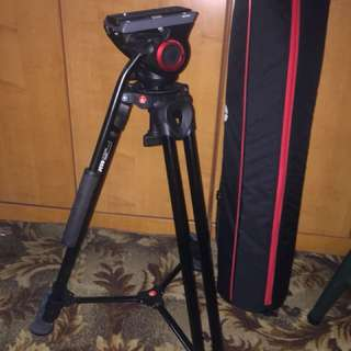 Manfrotto Tripod mvk500am mvh500a