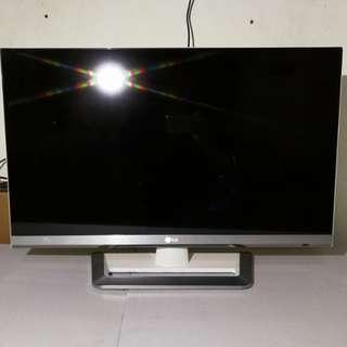 LG 32吋 無邊框 3D Smart TV 32LM6690