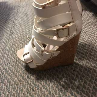 Aldo white and gold wedges