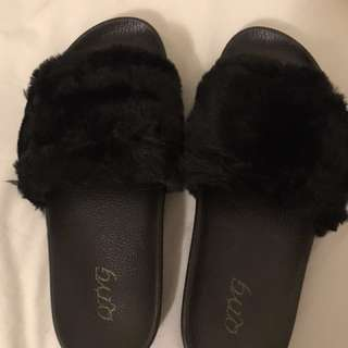 Fur Sandal Black