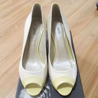 Geox Off White Heels