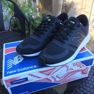 (NEW) New Balance Black Shoes