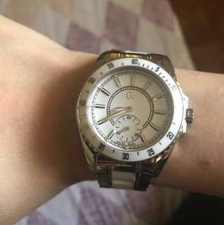 Selling one of my preloved authentic favorite GC (GUESS COLLECTION) watch SWISS MADE