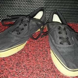Vanns black
