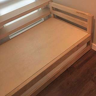Bed frame with trundle