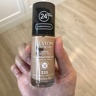Revlon colour stay liquid foundation (natural beige)