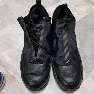 EUC Nike Air Max 90 utility triple black Us sz 8/26cm