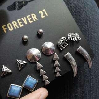 Retro Punk Vintage Stud Earrings