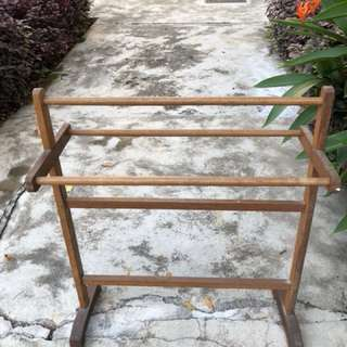 Solid Wood Clothes Stand/Hanger
