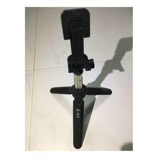 Bluetooth Selfie Stick/Stand