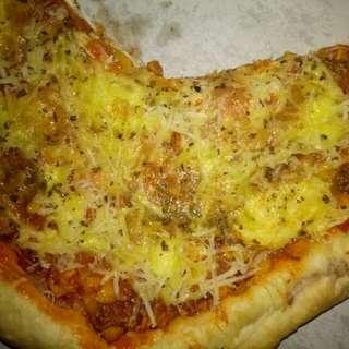 Pizza pitzza  rumahan enak