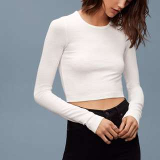 ARITZIA Free Cream Long Sleeve Crop - L